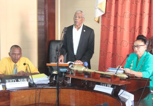 President Granger visits City Hall