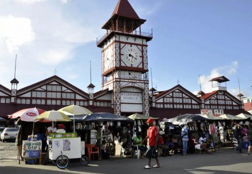 Local Government team visits Stabroek Market stallholders